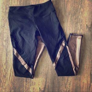 Fabletics black with gold accent leggings EUC